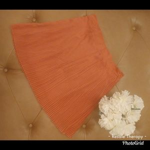 Forever 21 Pink Pleated Skirt. Sz L